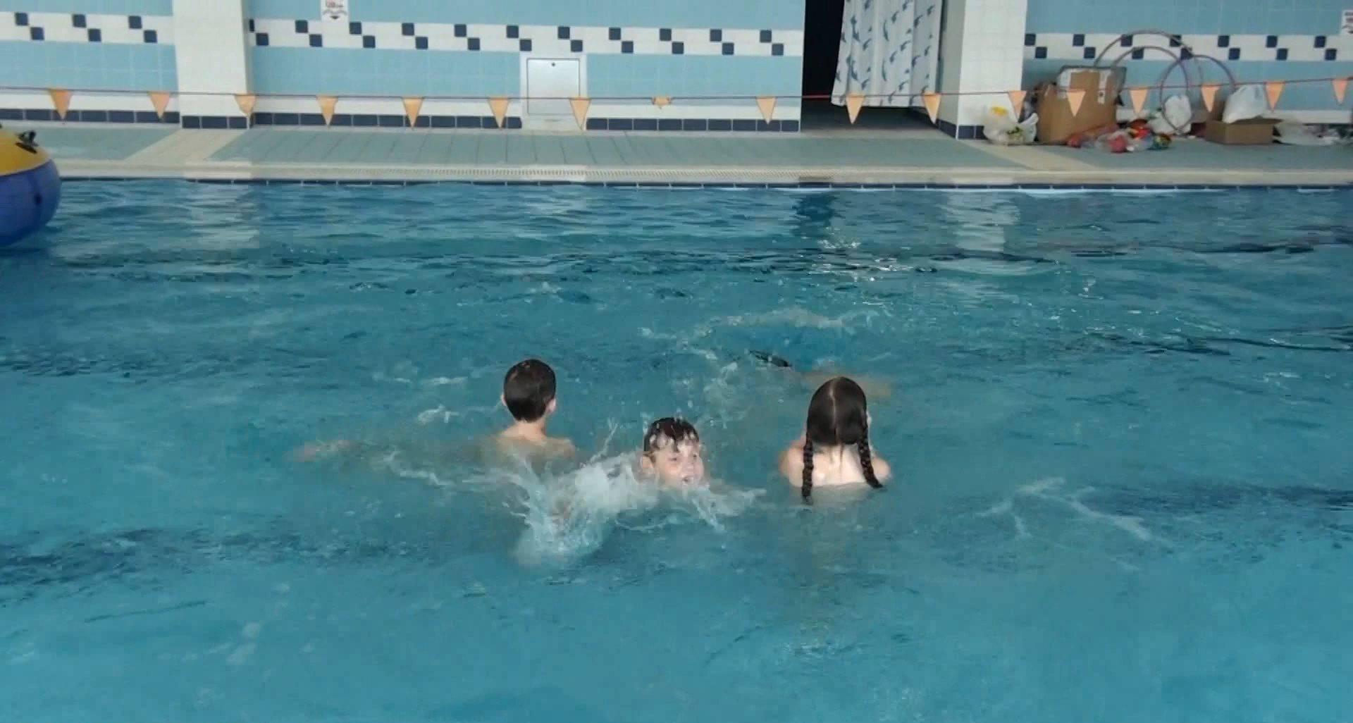 FKK Videos Activity Pool - 2