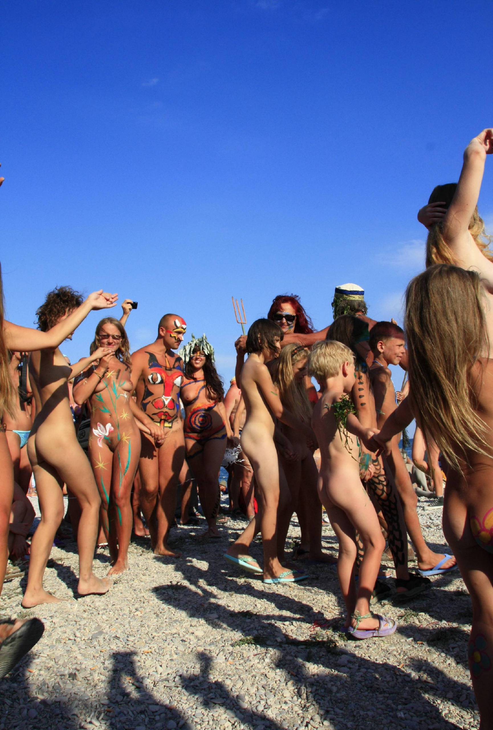 Blue Sky Beach Dance Off - 2