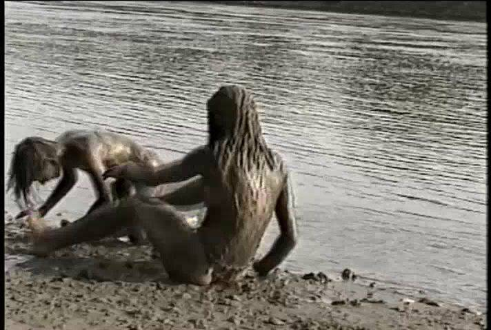 Dirty Girls - 2