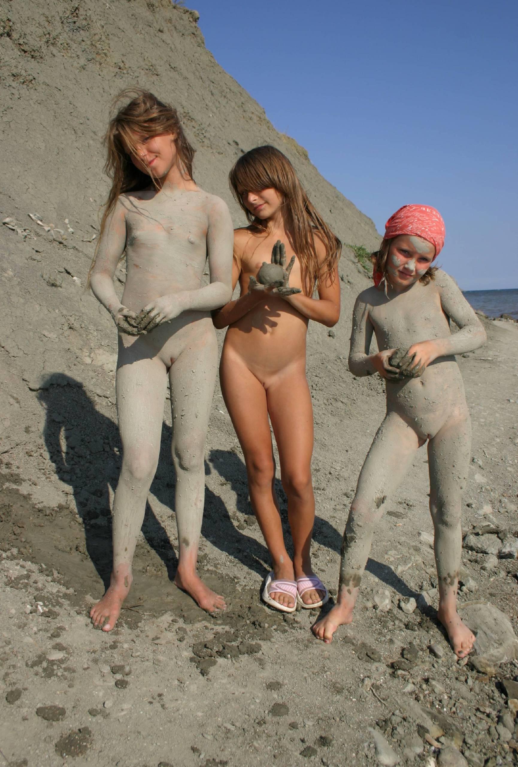 Family Muddy Day Profiles - 2