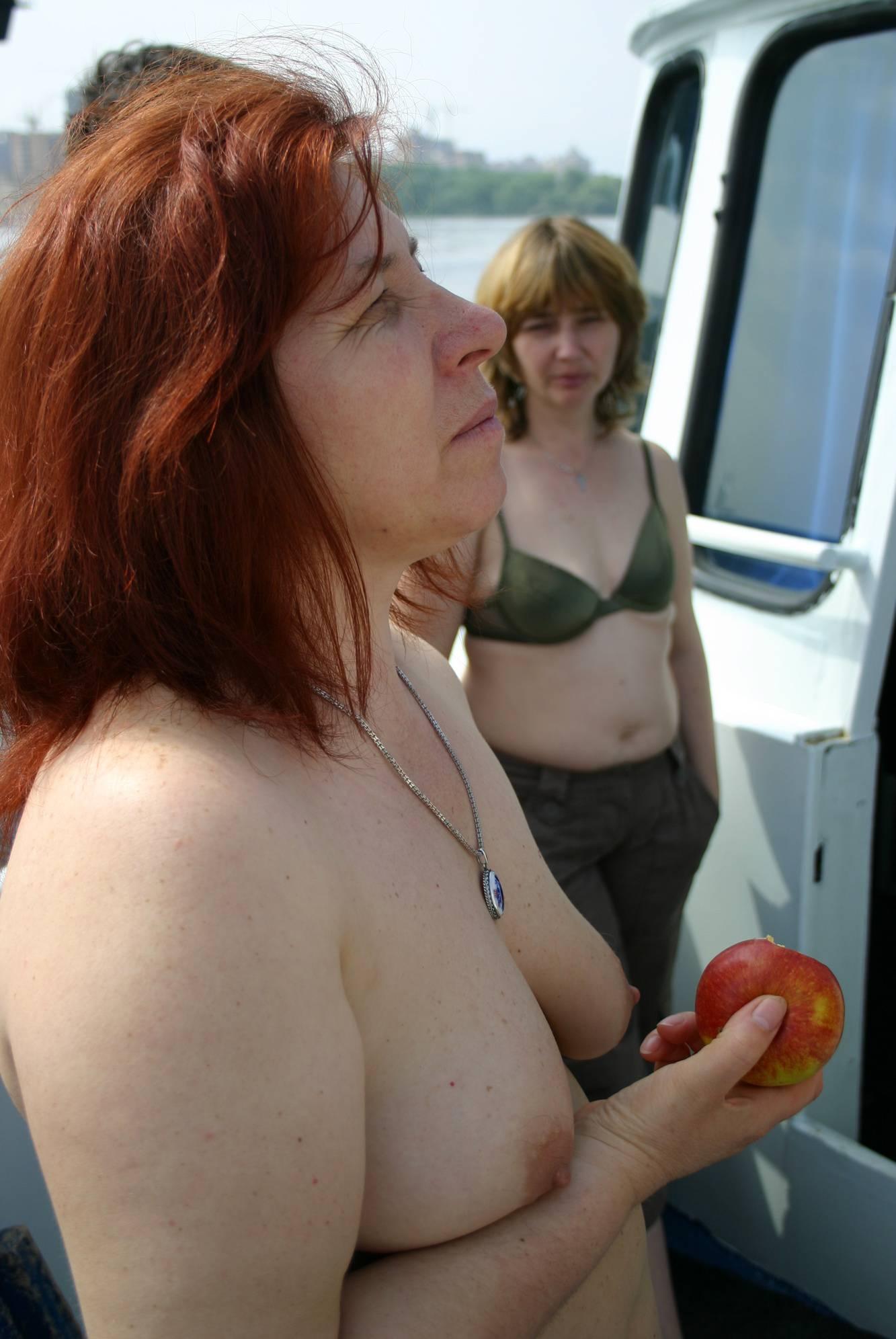 Nudist Pictures Kiev Sailing Ship Family - 1