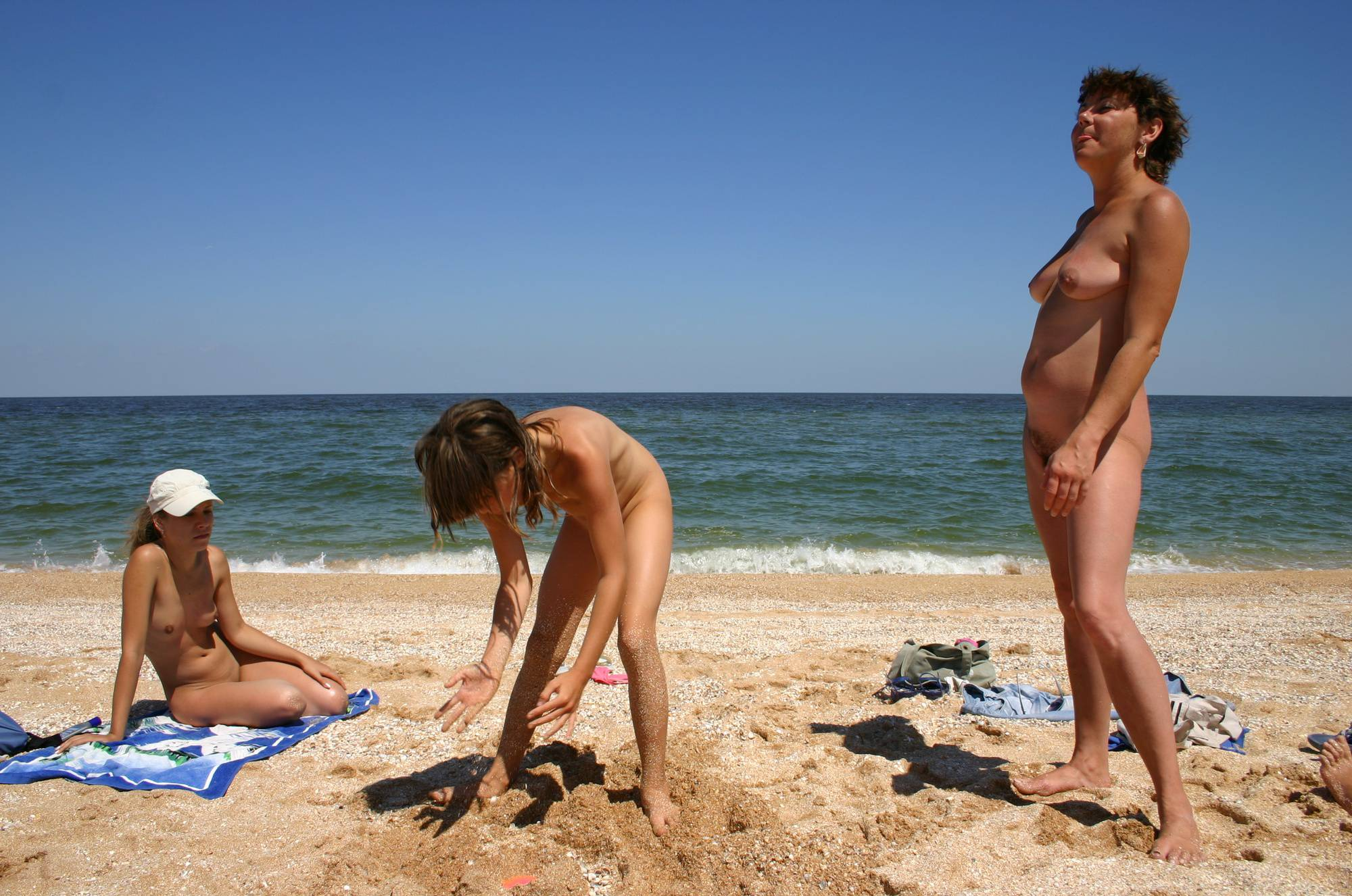 Nudist Gallery Naturist Beach Sand Kings - 1