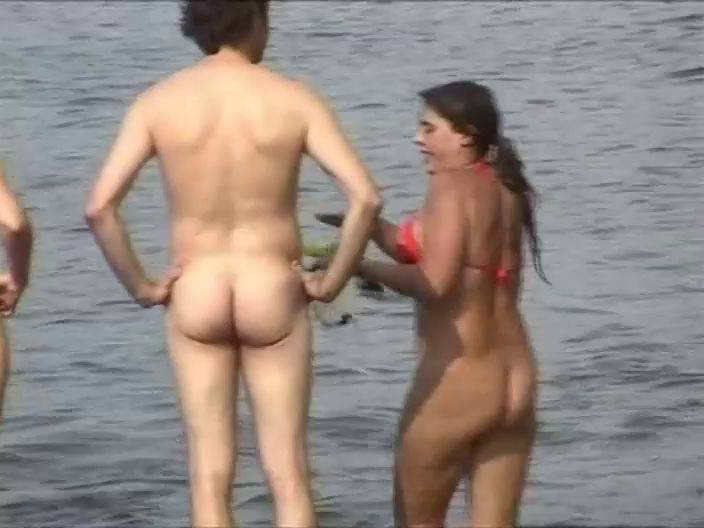 Naturist Videos Lola Loves the Beach 3 - 1