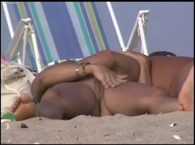 Naturist Videos U.S. Nude Beaches Vol.9 - 1