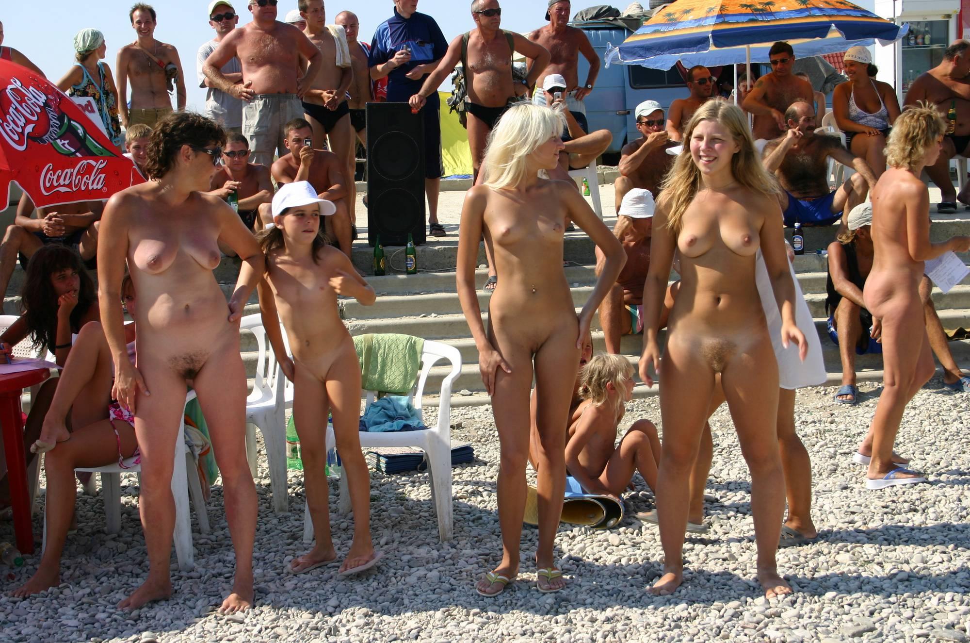 Nudist Pics Nudist Dance Family Show - 1