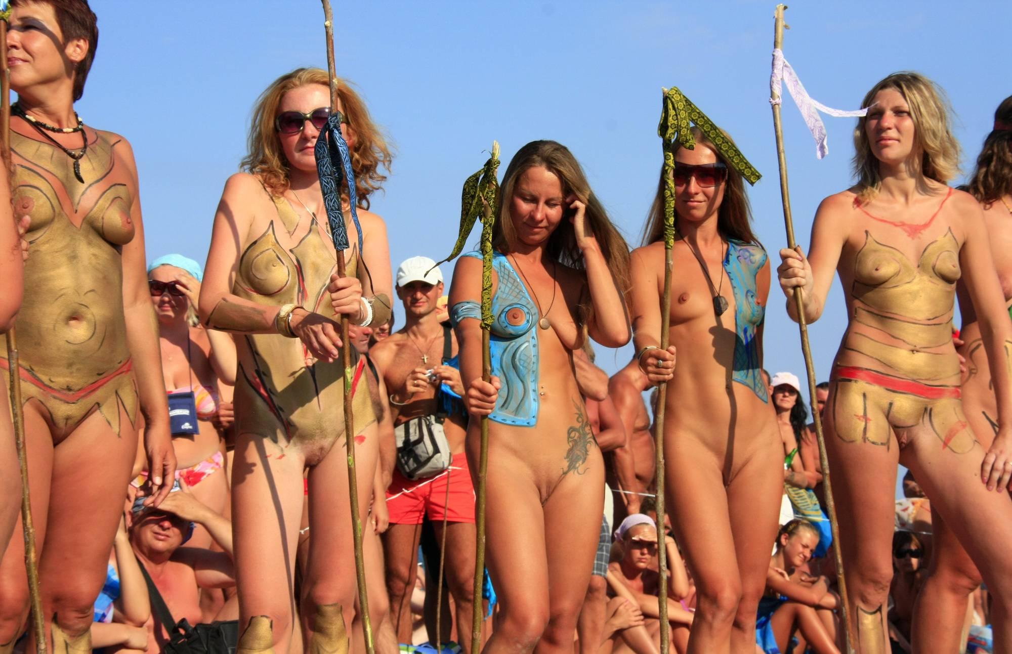 Nudist Pics Neptune Standing Crowds - 1