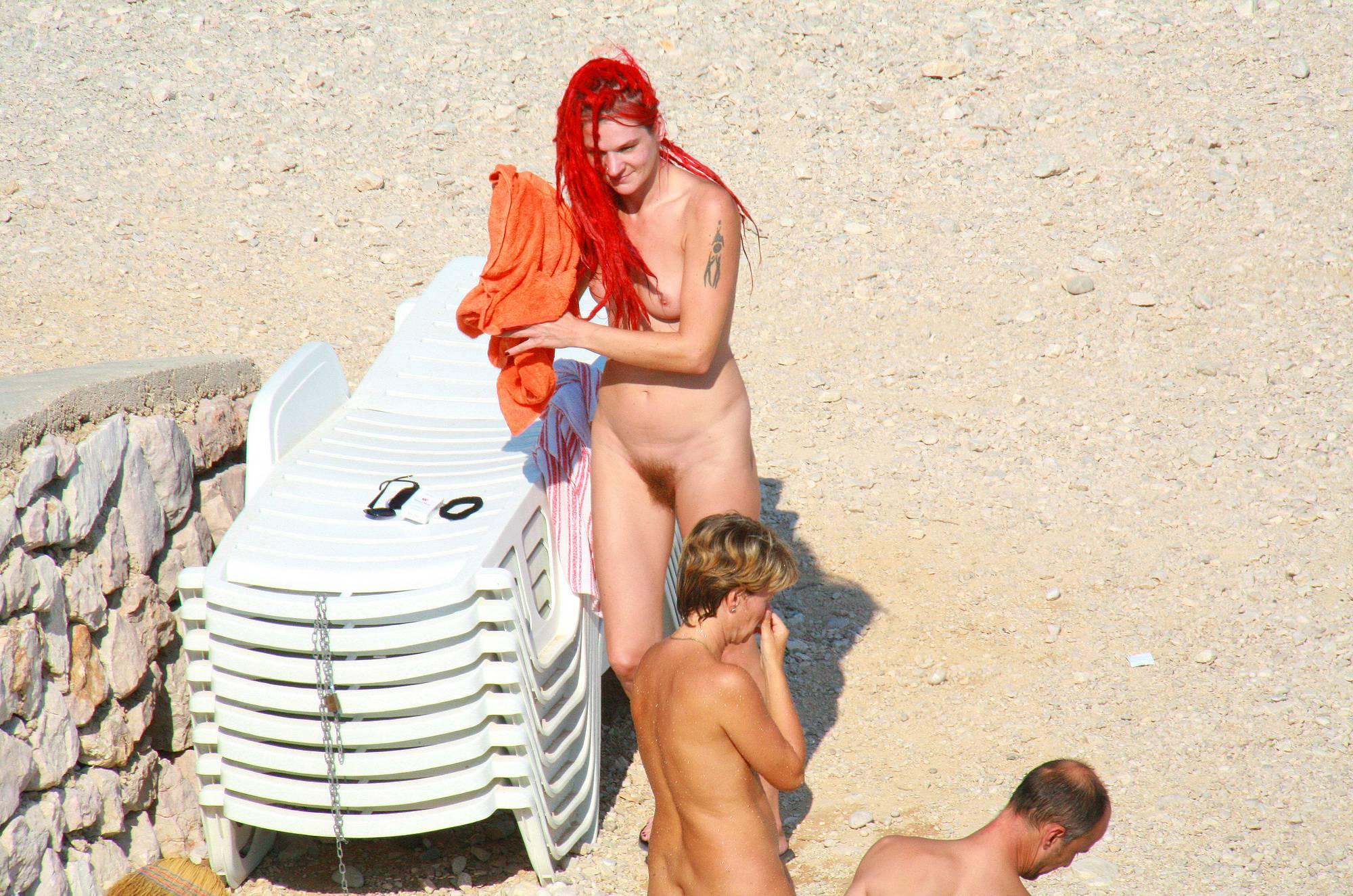 Ula FKK Red Hairstyle Girl - 1