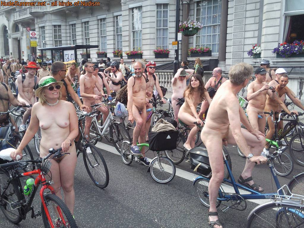 Nudist Pics World Naked Bike Ride (WNBR) UK 2009 - 1